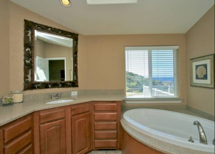 11-master-bath-ocean-view-coastal-homes-solutions-ray-schmitt-manufactured-home-living-news-