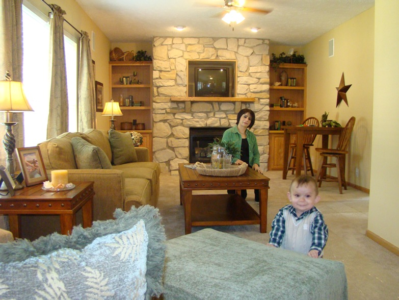 ironwood-justice-il-sterling-estates-family-room-manufactured-home-living-news-5-9