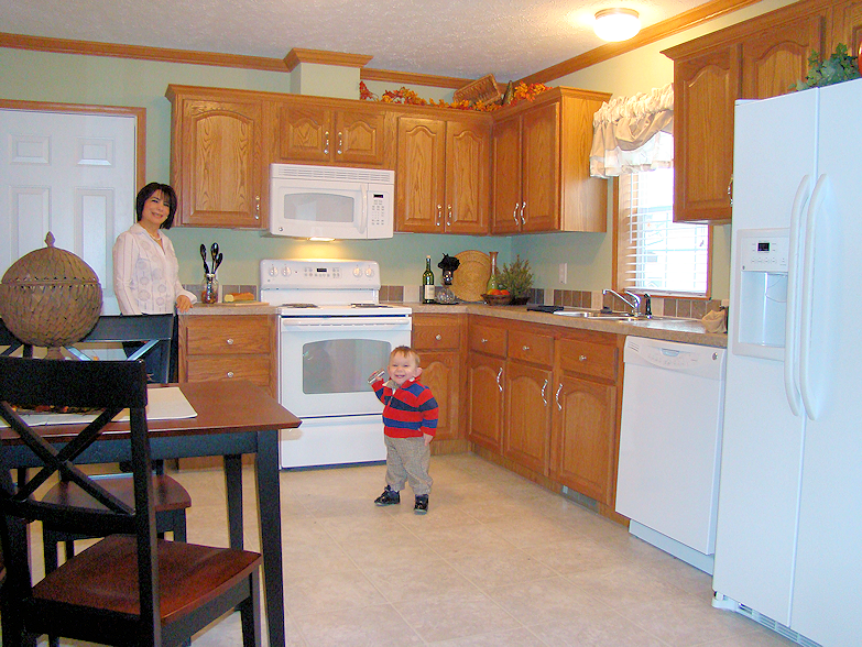 3-kitchen-dining2--main-street-sunset-village-glenview-il-manufactured-home-living-news-com-