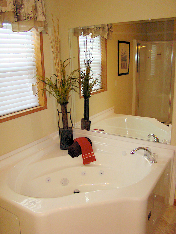7-master-bath2--main-street-sunset-village-glenview-il-manufactured-home-living-news-com-