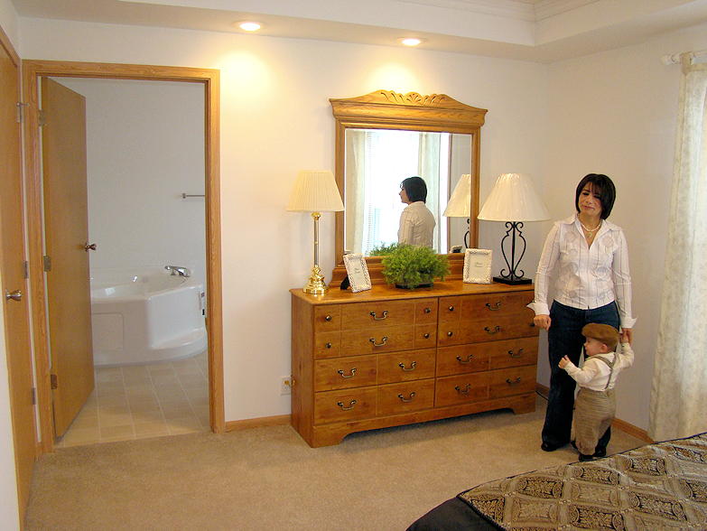 8-master-bath-sunset-village-glenview-il-fall-creek-manufactured-home-living-news-com-