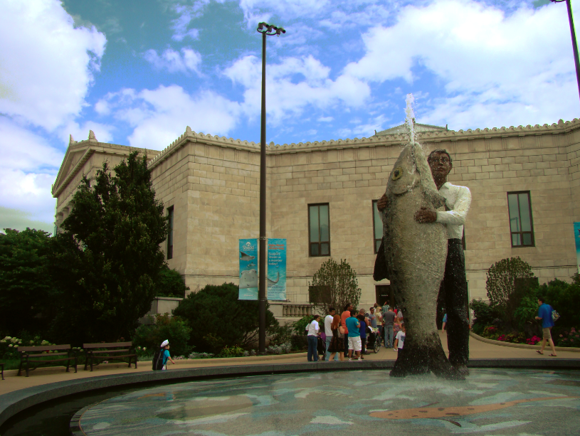 statue-man-holding-fish-shedd-aquarium-museum-campus-chicago-il-usa-manufactured-home-living-news-