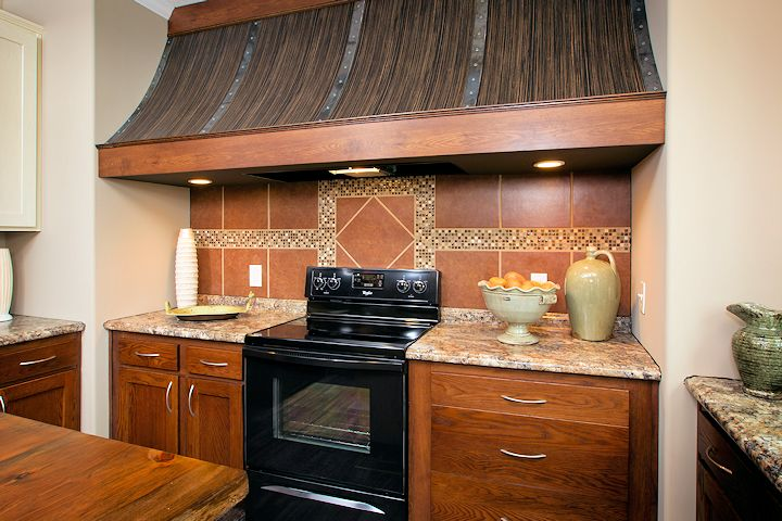 the-greenwich_southern-energy--posted-manufactured-home-living-news-206_Rangehood_0331-1