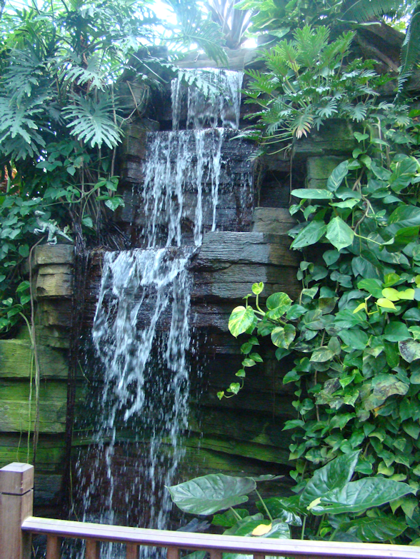 waterfall-tropical-dome-milwaukee-wi-usa-destination-manufactured-home-living-news