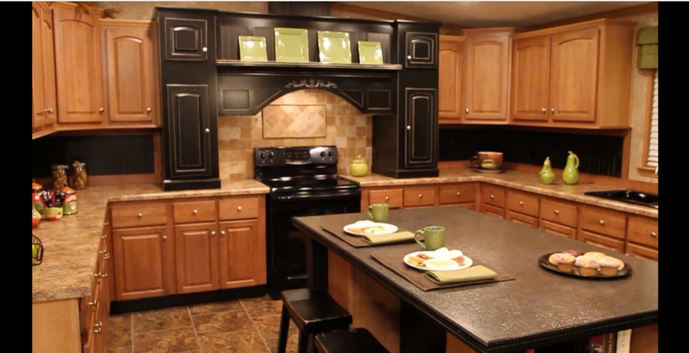 1-kitchen-island-kabco-tunica-show-32x70-manufactured-home-living-news-com-Aa