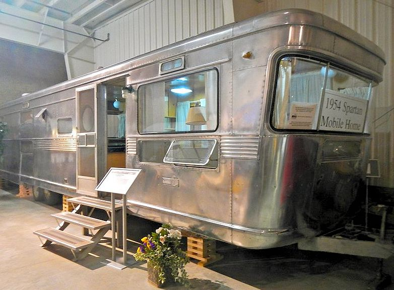 Rv Mh Hall Of Fame Elkhart In Us Destinations
