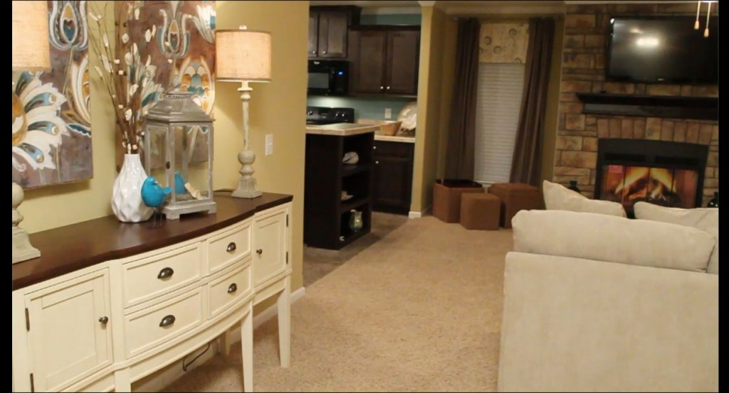 2-living-room-2--champion-homes-3017-manufactured-home-living-news-com-