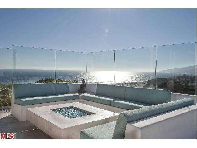 14patio-29500-heathercliff-rd-#189-malibu-ca-90265-point-dume-club-betsy-russell-manufactured-home-living-news-com-