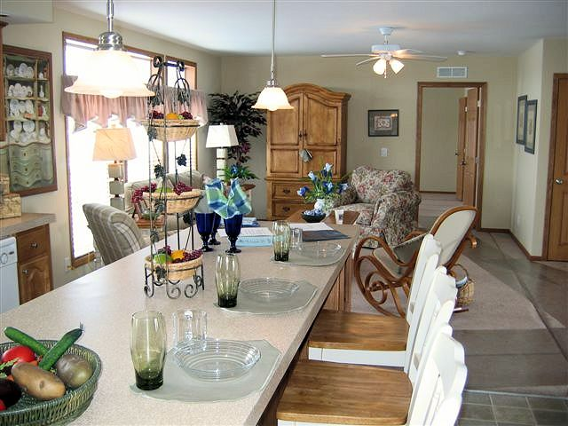 2-tanner-kitchen-living-manufactured-home-living-news-com-