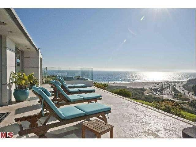 2patio-ocean-29500-heathercliff-rd-#189-malibu-ca-90265-point-dume-club-betsy-russell-manufactured-home-living-news-