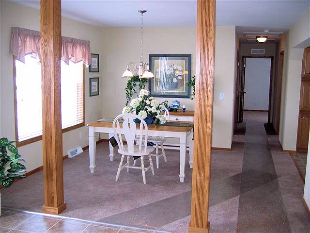 6-tanner-dining-2-columns-manufactured-home-living-news-