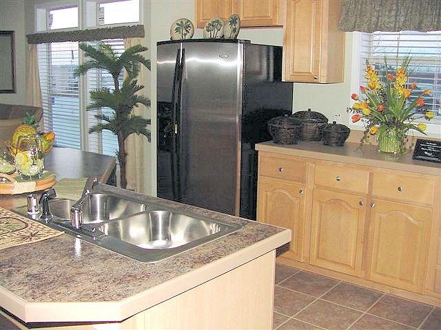 7-kitchen-charlotte-manufacturedhomelivingnews-com-