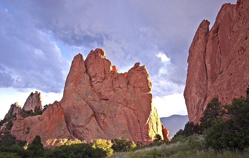 garden_of_the_gods_2wikicommons-colorado-springs-co-us-destination-mhlivingnews-com-