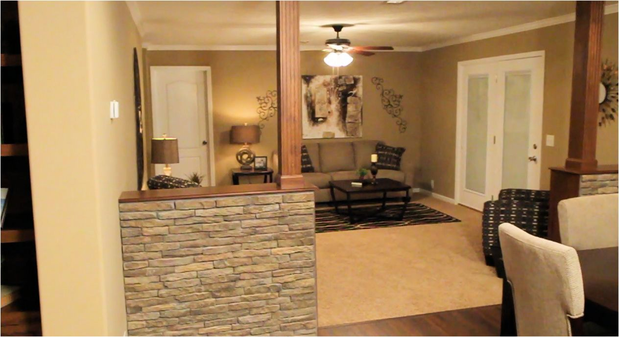 2-family-room-1-champion-3019-manufactured-home-living-news-mhlivingnews-com-