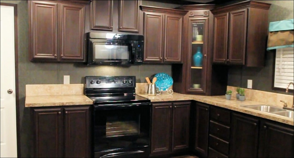 3-kitchen-pantry-atlantic-manufactured-home-living-news