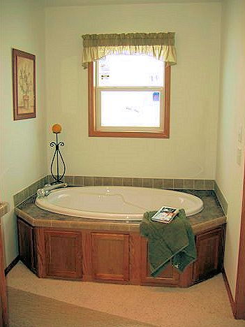 8-master-island-bath-santa-rosa-liberty-show-manufactured-home-living-news-