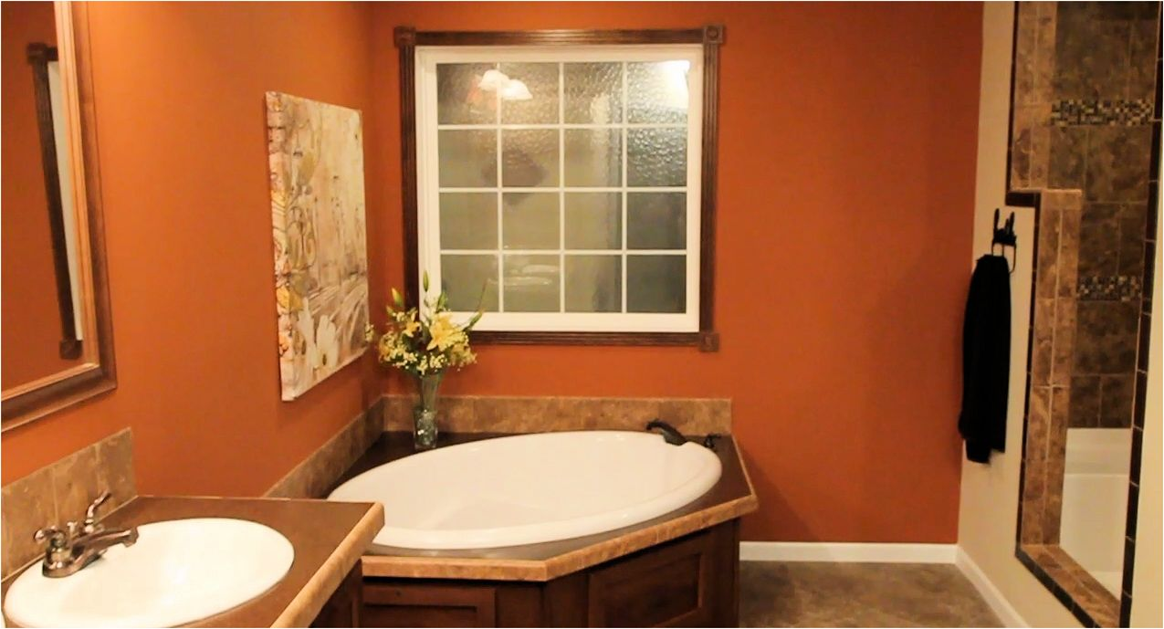 9-master-bath-champion-3019-manufactured-home-living-news-mhlivingnews-com-