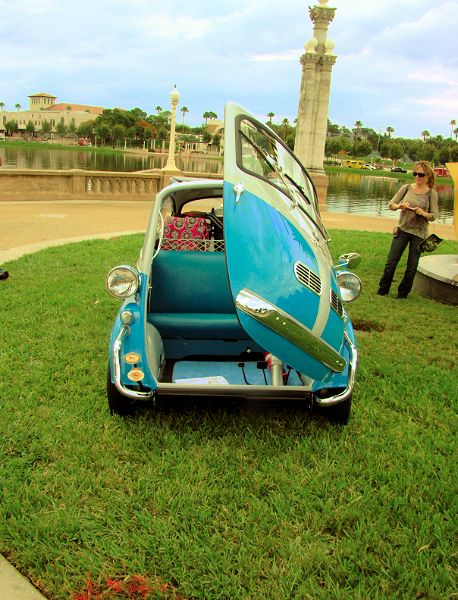 bmw-isetta-door-open-inside-view-2013-lake-mirror-car-classic-lakeland-florida-us-destination-mhlivingnews-com-