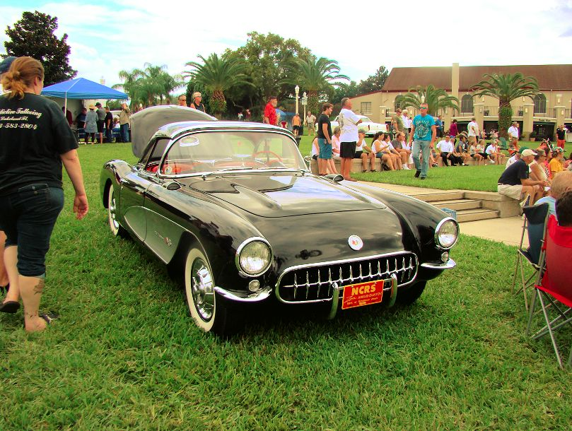 corvette-2013-lake-mirror-car-classic-lakeland-florida-us-destination-mhlivingnews-com-
