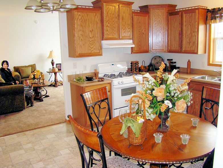 2-kitchen-living-dining--8-ironwood-justice-il-sterling-estates-mhliving-news-com