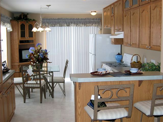 2-liberty-aurora-corne-dining-entertainment-posted-manufactured-home-living-news-