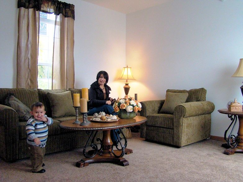 3-8-ironwood-justice-il-sterling-estates-living-room-