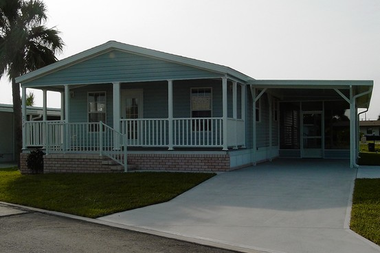 village-of-ponce-de-leon-manufactured-home-community-melbourne-beach-florida-credit-wall-street-journal-tma-.jpg