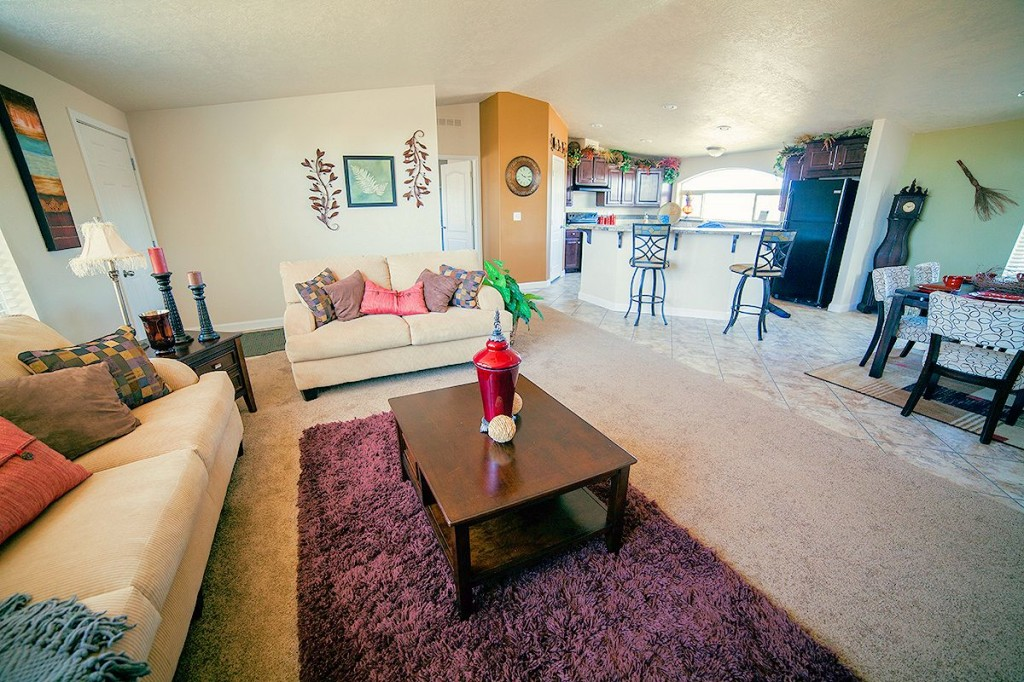 3-kit-homebuilders- west-model-pinehurst-2506-living-area-manufactured-home-living-news-com-