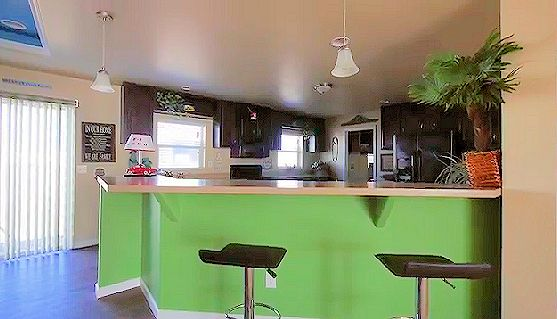 2c-magnolia-hk1-kitchen1-posted-manufactured-home-living-news-