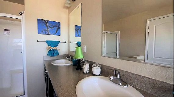 5-magnolia-hk1-masterbath1-posted-manufactured-home-living-news-