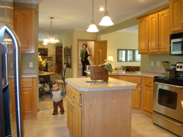 Ironwood Justice Il Sterling Estates Kitchen Manufactured Home