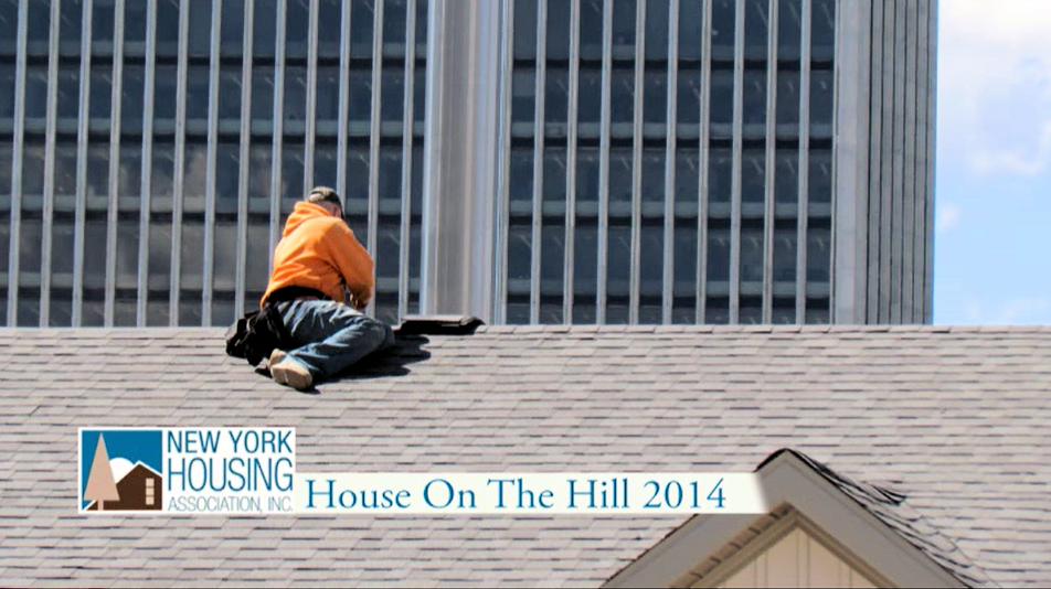 5factory-built-house-on-the-hill-new-york-housing-association-may-4-10-2014-roofer-