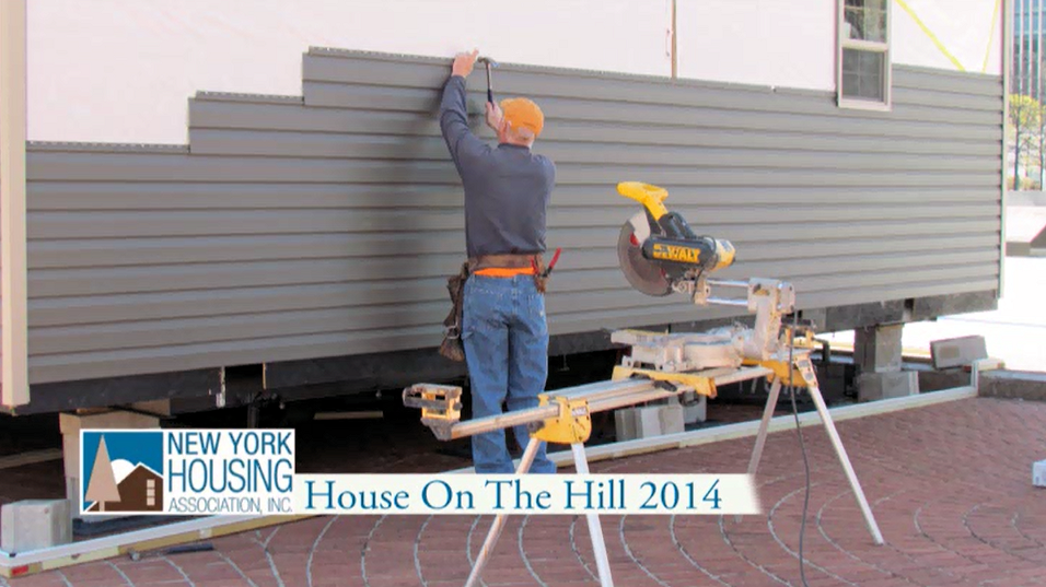6factory-built-house-on-the-hill-g&i-homes-new-york-housing-association-may-4-10-2014-adding-siding-