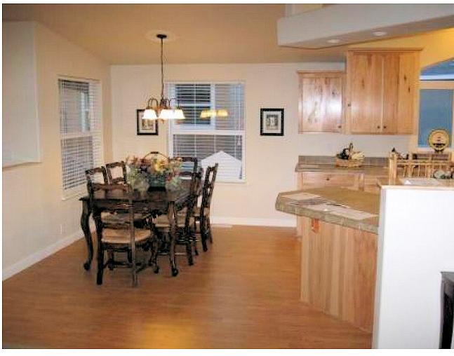 3-kit-homebuilders-credit-west-golden-state-3008-kitchen-posted-manufactured-home-living-news-_001 (2)