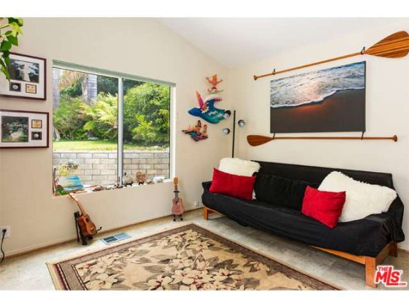 2futon28128-pacific-coast-hwy-spc-209-paradise-cove-mobile-home-park-malibuca