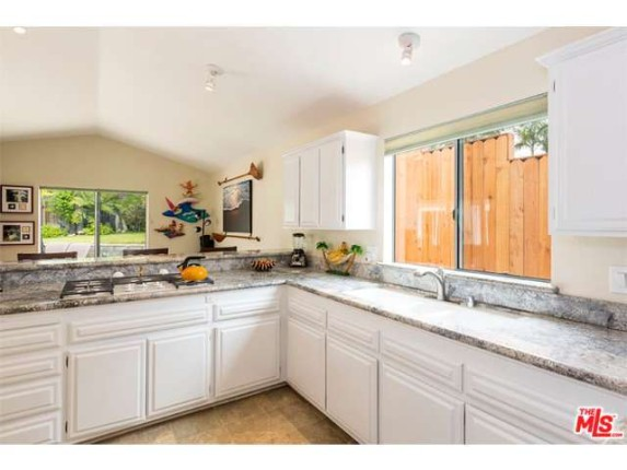 4kitchen-28128-pacific-coast-hwy-spc-209-paradise-cove-mobile-home-parkmalibu
