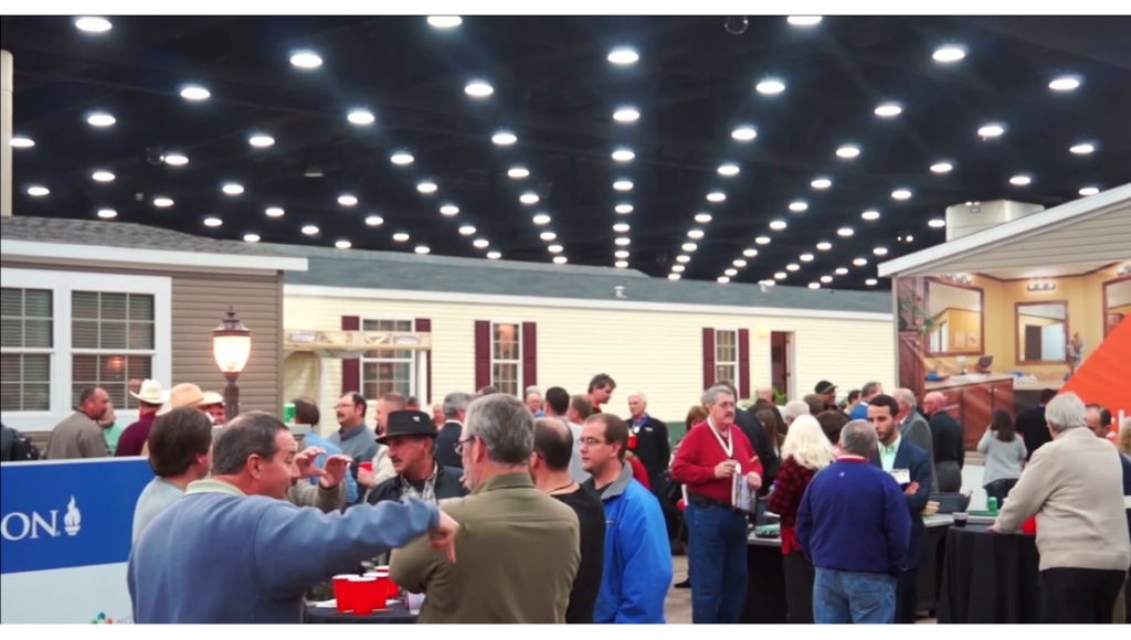 2014-louisville-manufactured-housing-show-crowd-photo-credits-mhpronews-manufacturedhomes-com-1