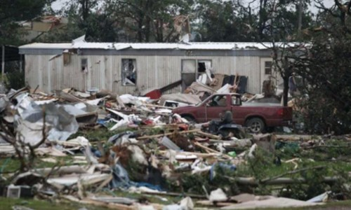 tornado-OK-5-20-2013-manufactured-home-posted-mhpronews-com-500x300