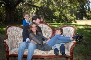 Eric-Powell-and-family-West Monroe-LA-fi-ManufacturedHomeLivingNews-com