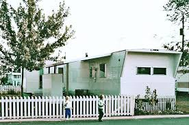 Richardson-brand-mobile-home-circa-1960-photocredit=Bob-Vahsholtz-posted-mastheadblog-manufactured-housing-mhpronews-com