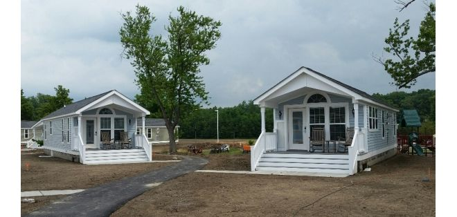 Comparing tiny houses vs manufactured homes function and value vs fashion - Manufactured vs mobile home ...